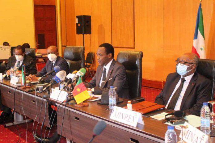 En construction à la frontière entre les deux Etat de la sous-région Afrique centrale, sa démolition devrait suivre après la réunion des ministres de la défense tenue le 30 juin 2020 à Yaoundé.