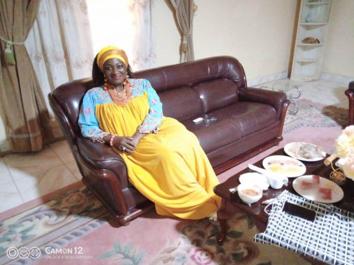 Annoncée multi-fracturée et morte sur les réseaux sociaux, la ministre camerounaise de l'Habitat et du développement urbain, victime d'un accident de circulation ce samedi 5 septembre 2020, rassure.
