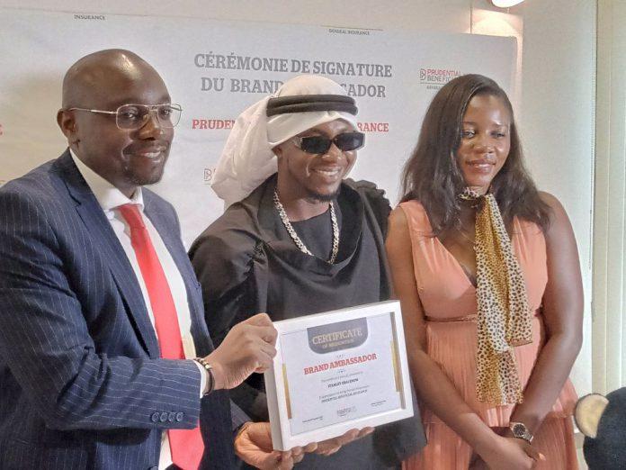 Le contrat de représentation entre le rappeur camerounais et la compagnie d'assurance panafricaine a été paraphé ce mercredi 16 décembre 2020 à Douala.