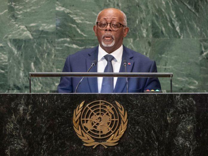 Le ministre des Relations Extérieures du Cameroun, Lejeune Mbella Mbella a lu la déclaration du président de la République à la 76ème session de l'Assemblée générale des Nations Unies, le 25 septembre 2021 à New-York. La rédaction de La Plume de l'Aigle publie ci-dessous l'intégralité de cette intervention.